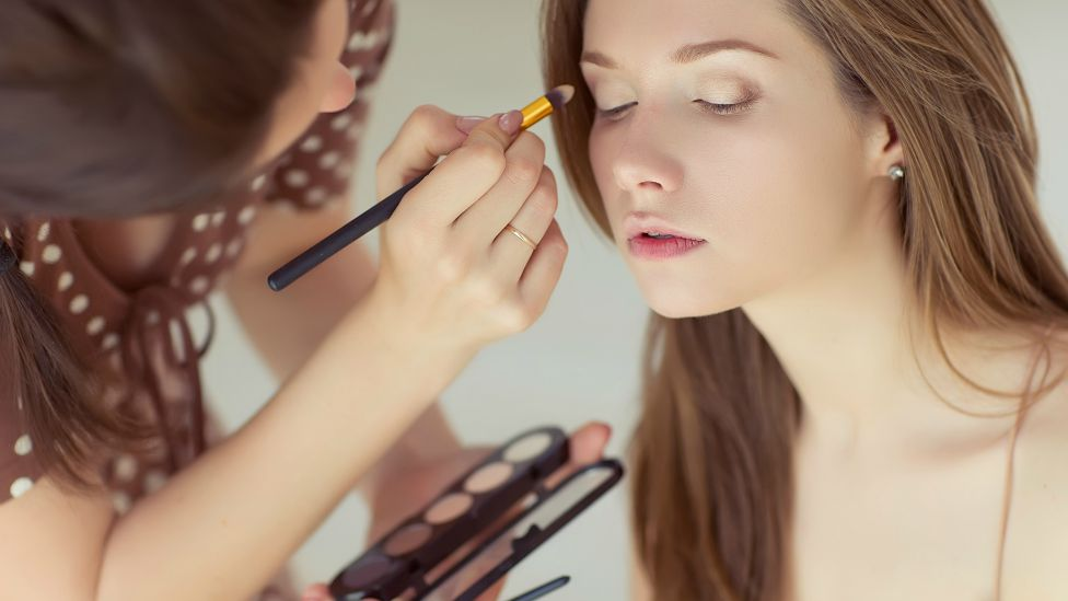 5 Must Dos Before Booking A Makeup Artist For Your Wedding New Learning Insute
